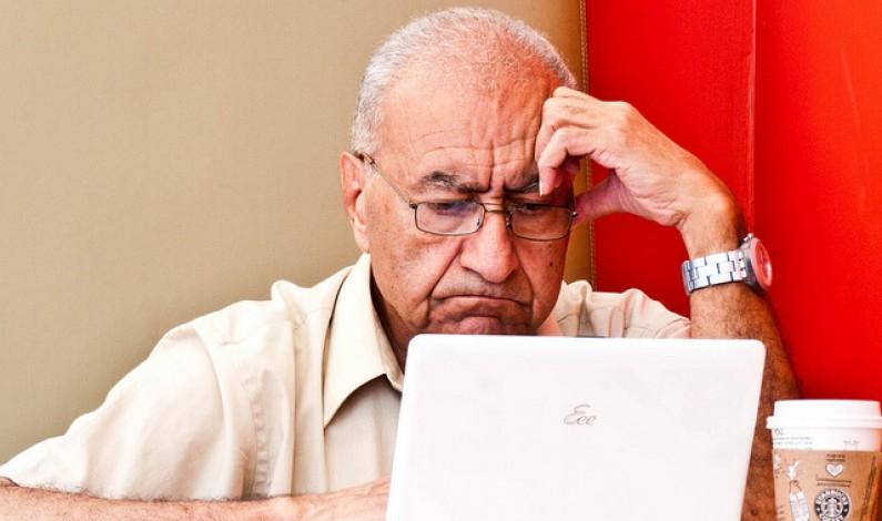 Senior w sieci szuka kontaktu