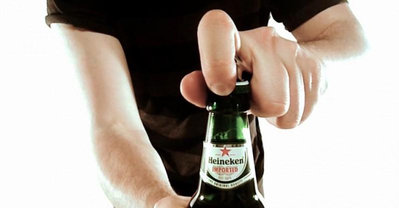 Pierwszy społecznościowy otwieracz do piwa
