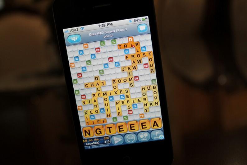 Zynga wypuszcza grę łącząca usługi mobile z Facebookiem