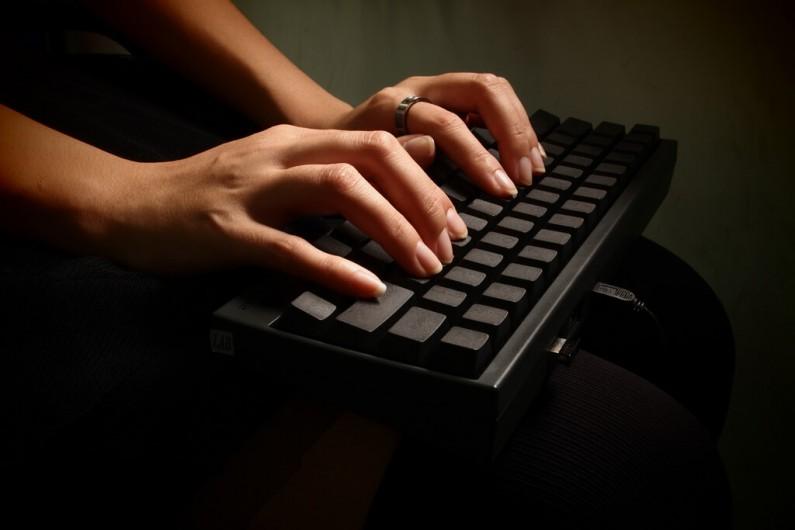 Sąd może to sprawdzić, o czym piszesz na Facebooku lub w mailach