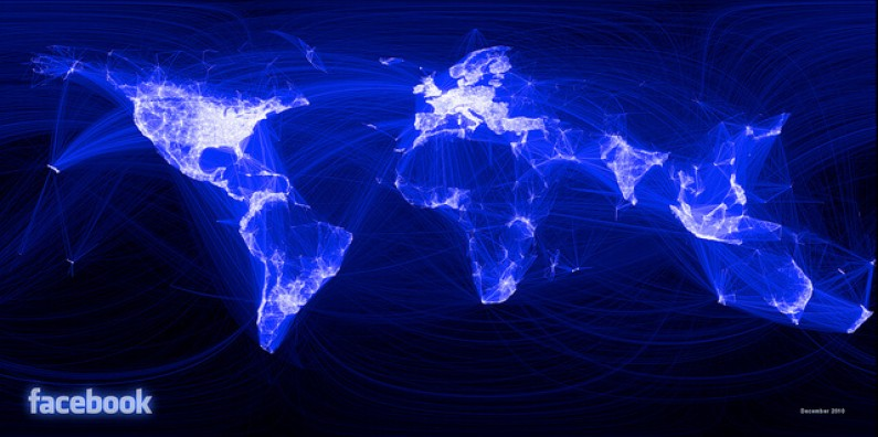 """Facebook chce konkurować z Twitterem. Gigant rozsieje przycisk """"Subskrybuj"""" po całym Internecie"""