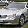 Dostęp do Facebooka na wyposażeniu samochodów Mercedesa
