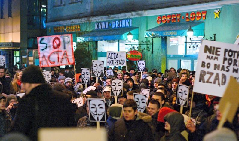 ACTA czeka na ratyfikację, a obywatele na referendum