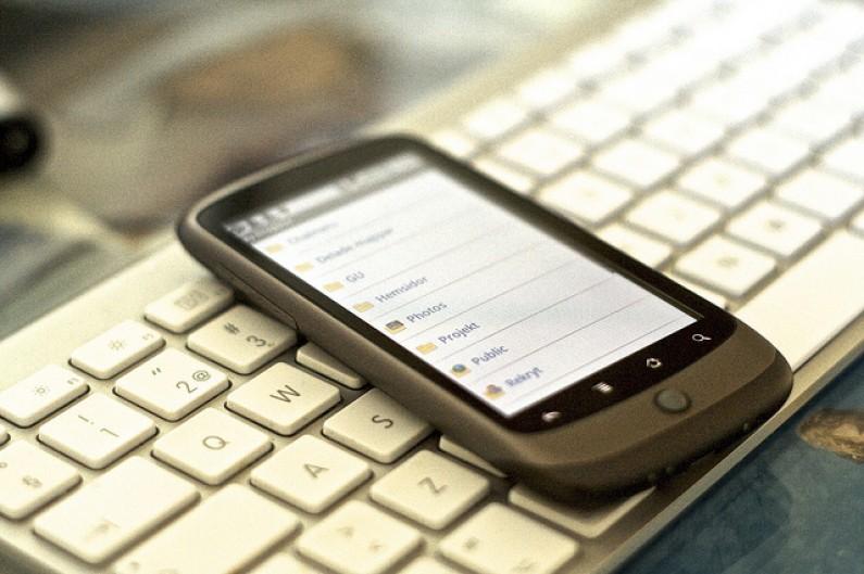 Więcej urządzeń mobilnych niż ludzi już w 2012 roku