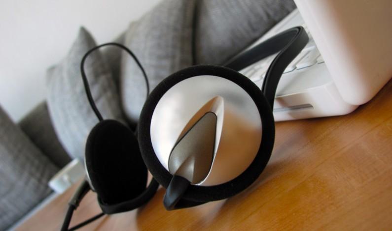 Nakanapie.pl uruchamia internetowe radio z audiobookami