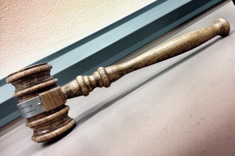 Yahoo oskarża Facebooka o naruszenie patentów