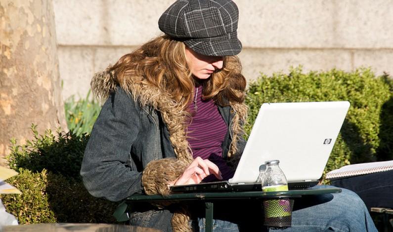 Piękna, silna, mądra – taki wizerunek kobiety rysuje się w internecie