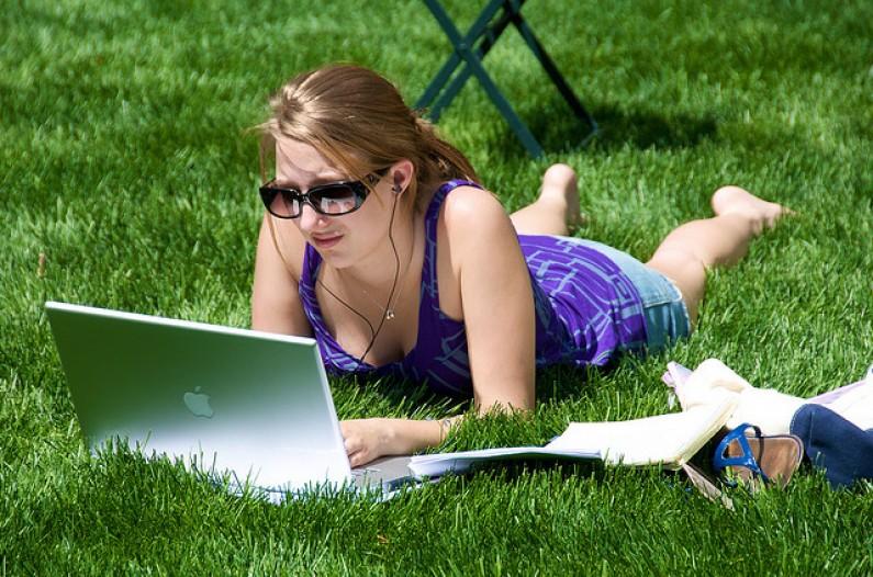 Automatycznie publikujesz content? Ryzykujesz mniejsze zaangażowanie użytkowników