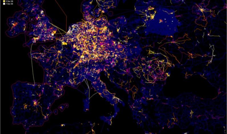 Europa: 427 mln internautów, 21 mld euro na reklamę online