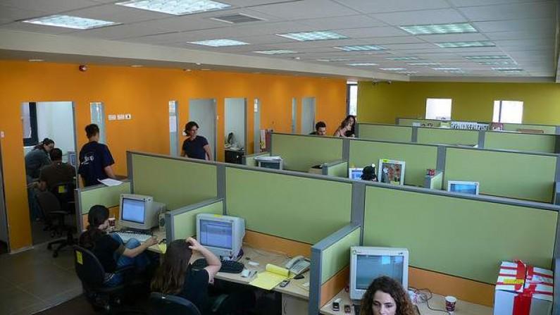 Social media w firmach usprawniają komunikację i budują relacje między pracownikami