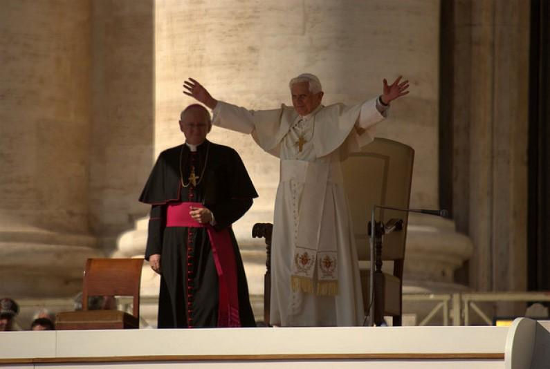 Papież dołączy do grona użytkowników Twittera