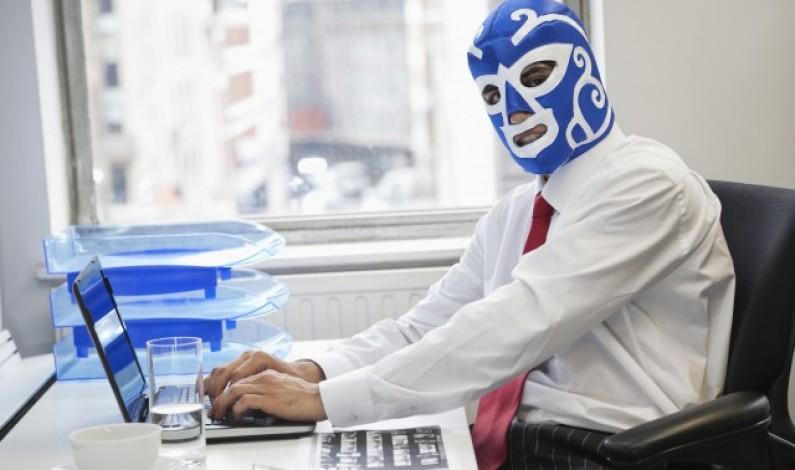 Co siedzi w głowie internetowych trolli?
