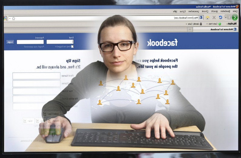 "F-commerce staje się faktem? Facebook testuje przycisk ""Kup"""