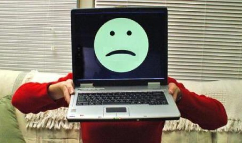 Czy Facebook sprawia, że jesteśmy nieszczęśliwi?