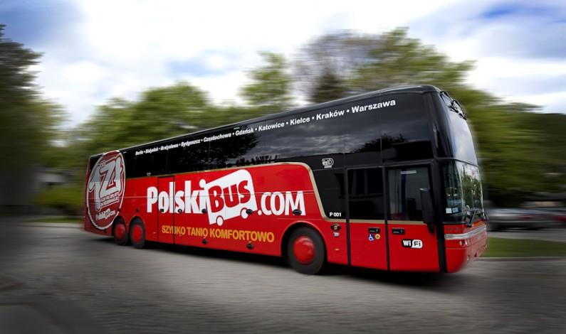 PolskiBus coraz bardziej zapracowany na Facebooku