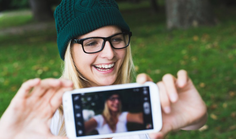 To już przesądzone! Nastolatki uciekają z Facebooka na Instagram