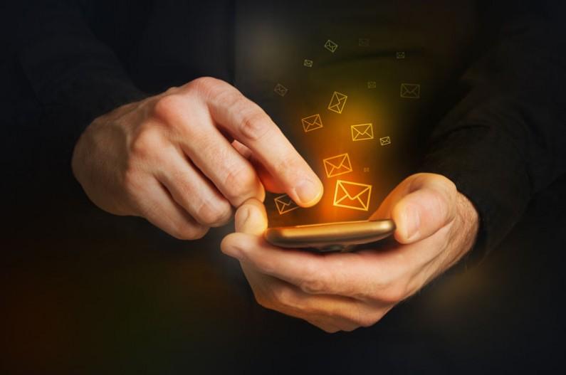 Smartfony kontra email – jak dostosować newsletter do aplikacji mobilnych