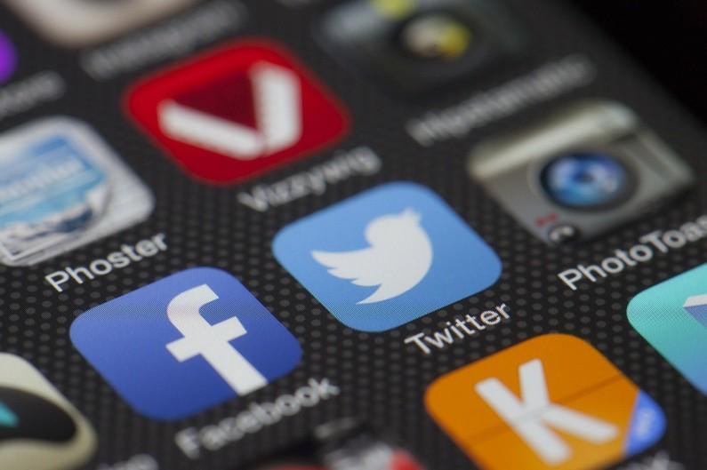 Co wyróżnia Twittera?