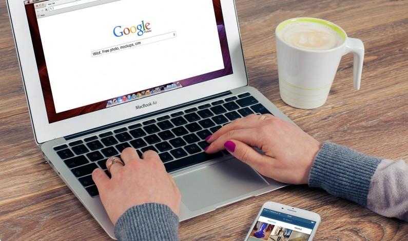 Zaawansowane funkcje Google – warto znać te triki