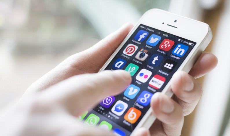 Aplikacje mobilne zdetronizują serwisy społecznościowe!