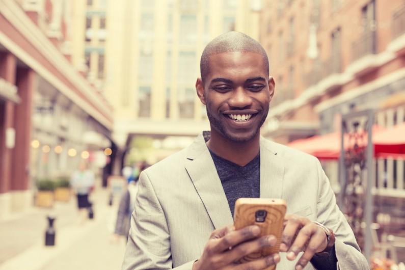 Facebook pozwala na rozmowę z firmami przez Messengera na ich stronie internetowej