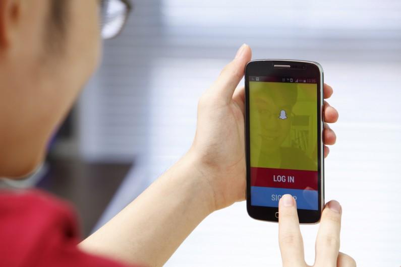 Snapchat rezygnuje z płatnych filtrów i skupia się na reklamach