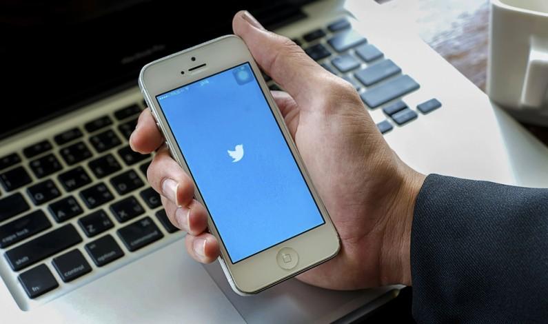 Fake newsy na Twitterze rozprzestrzeniają się znacznie szybciej niż prawdziwe informacje