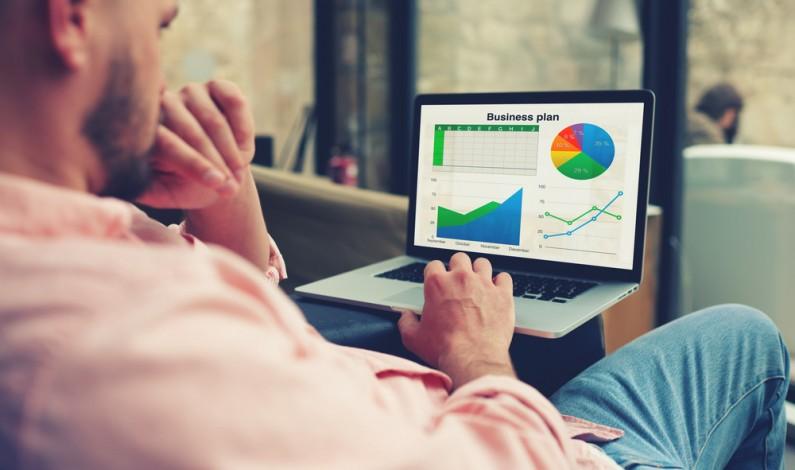 Jak handlować na facebookowym targowisku usług i produktów?