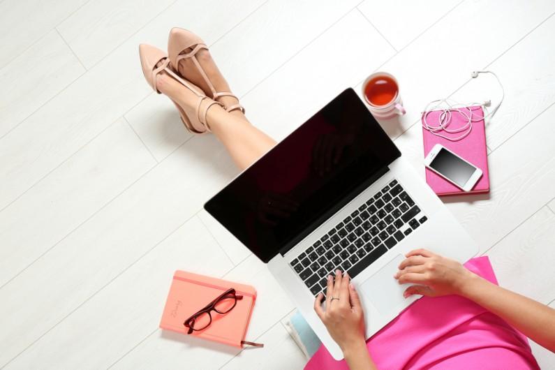 Internet bezkonkurencyjnym doradcą kobiet