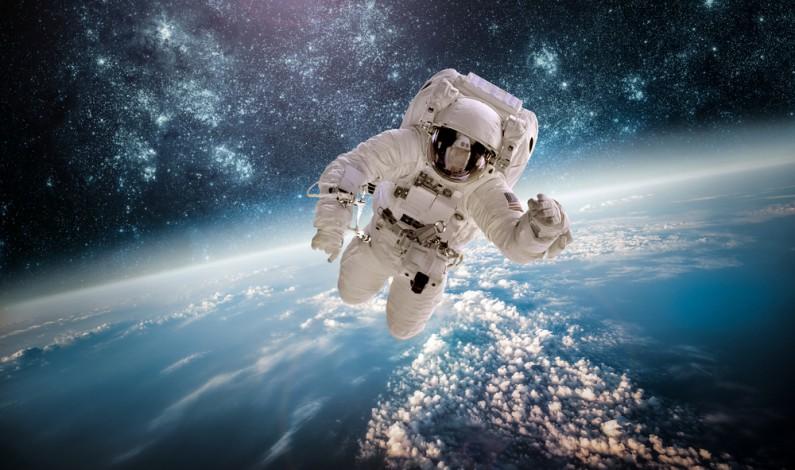 Facebook uruchomi dzisiaj transmisję na żywo z… kosmosu