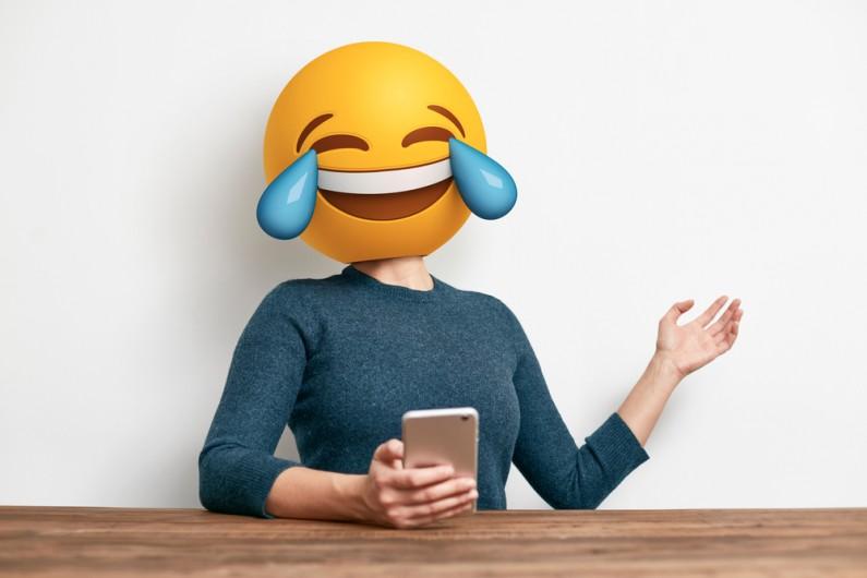 Twitter: możliwe będzie targetowanie reklam w oparciu o… emotikony!