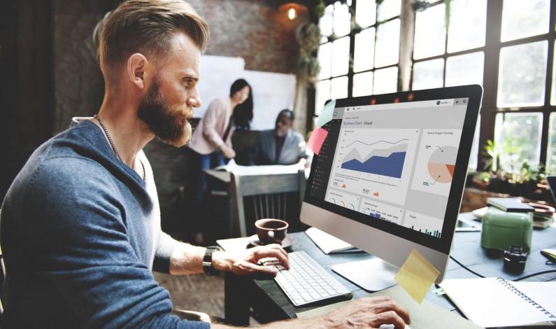 Raport: (Z)mierz się content marketingiem. Analityka w praktyce