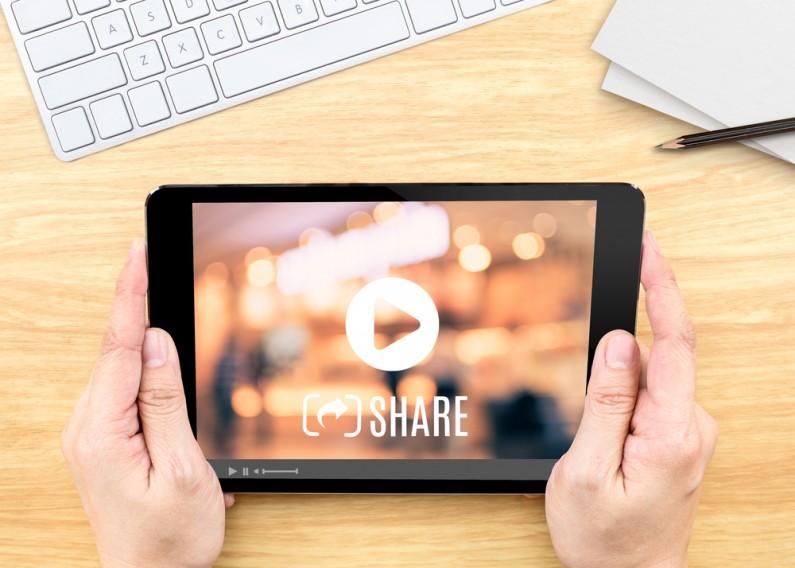 Jak zmieniają się treści wideo i jaka jest ich rola w mediach społecznościowych?