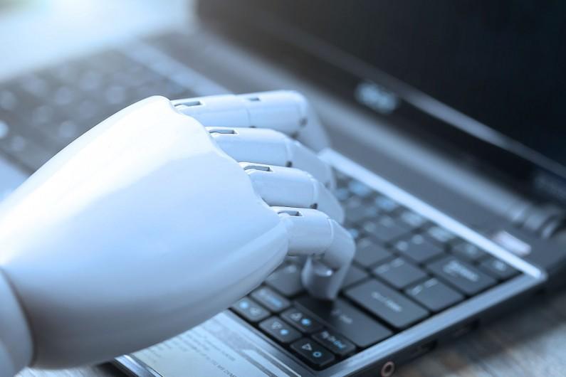 Sztuczna inteligencja na Messengerze. Facebook testuje nowe możliwości