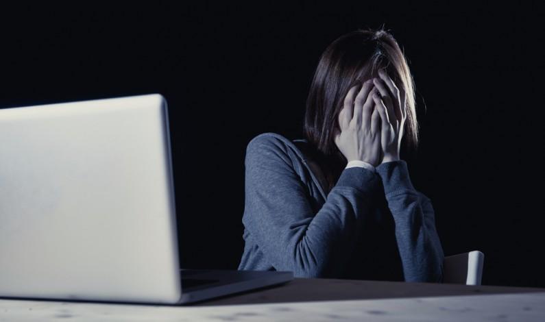 Facebook wprowadza narzędzie do walki z porno zemstą