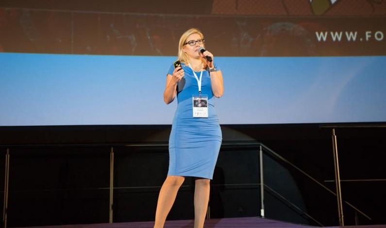 """""""Dotarcie do konsumenta to dobrze opowiedziane historie, zdobyte dane i utrzymane relacje"""" – wywiad z Anną Gruszką"""