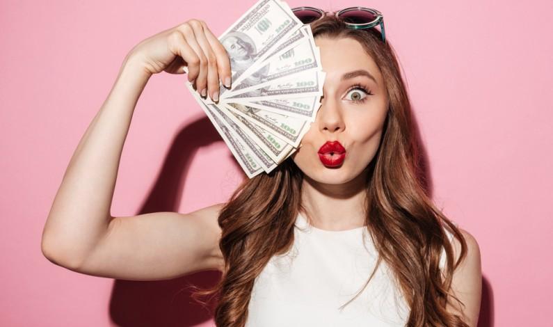Ile zarabiają youtuberzy i z czego głównie czerpią dochód?