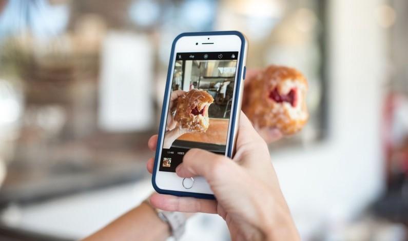 GIF-y i dowolne formaty zdjęć w Instagram Stories