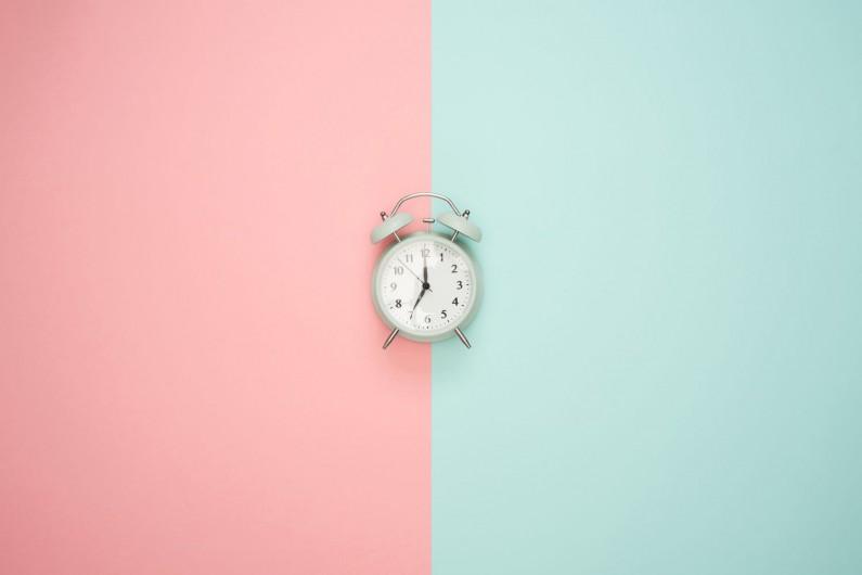 Czy wiesz, co dzieje się w ciągu minuty w social media?