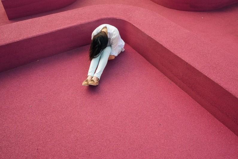 Już ponad godzina dziennie w social media może negatywnie wpływać na samoocenę u kobiet