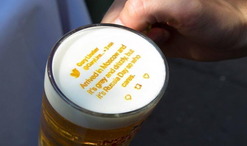 Szwedzki browar drukuje tweety o Mistrzostwach Świata na… piwnej pianie