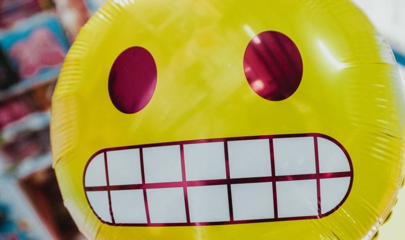 Apple świętuje Światowy Dzień Emoji i zapowiada kilkadziesiąt nowych piktogramów