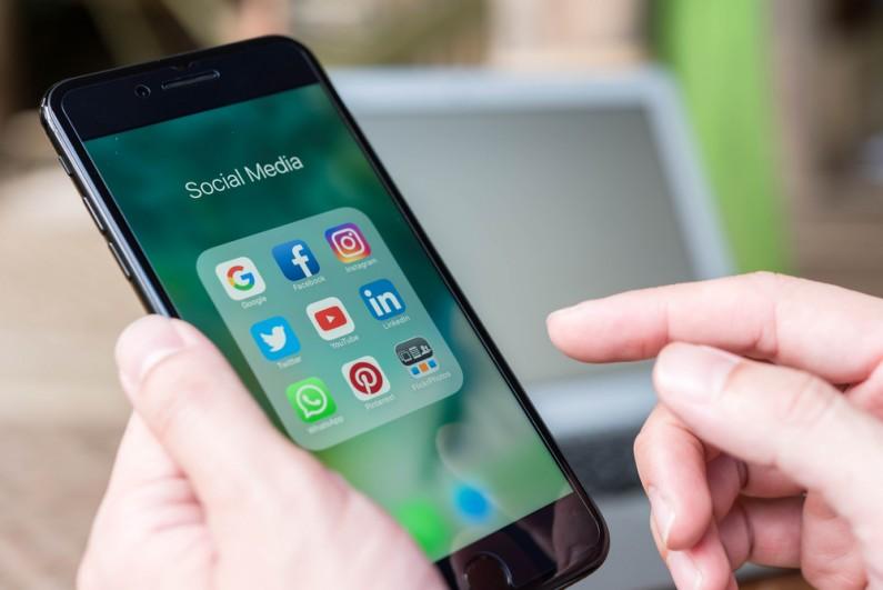Facebook, Google, Microsoft i Twitter we wspólnym projekcie dotyczącym przepływu danych