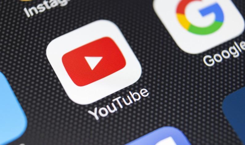 YouTube przeznaczy 25 milionów dolarów na walkę z fake newsami