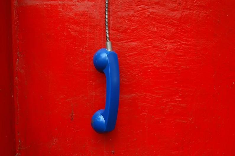 Facebook daje reklamodawcom dostęp do numerów telefonów użytkowników