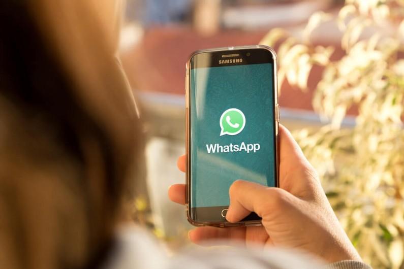 WhatsApp ma już 10 lat. Jak zmieniał się komunikator?
