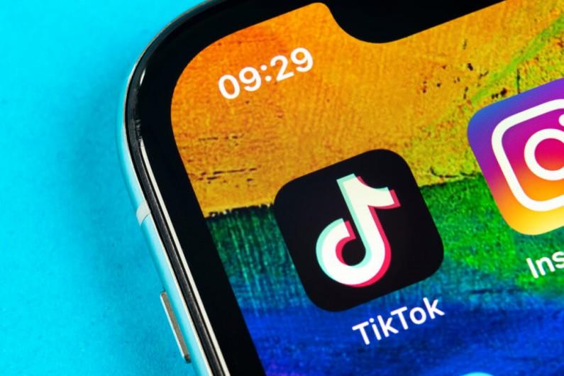 TikTok sprawdzany pod kątem gromadzenia danych osobowych dzieci