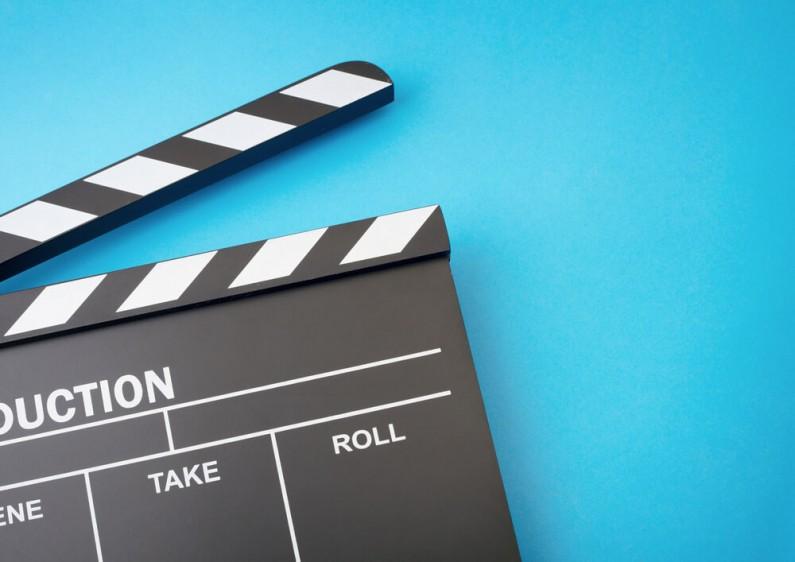 Jak pobrać film z Facebooka?