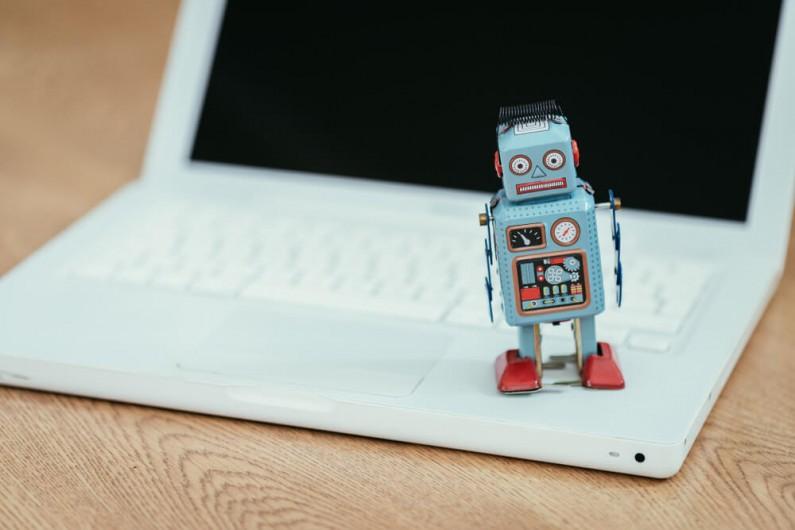 Już niedługo będziesz wiedział, które konta na Twitterze należą do botów