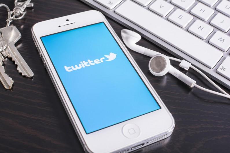 Twitter wprowadza w życie funkcję ukrywania komentarzy